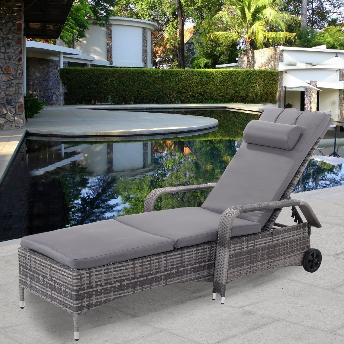 Tangkula Wicker Chaise Lounge Chair Outdoor Patio Porch Recliner Adjustable Sun Chair with Wheels